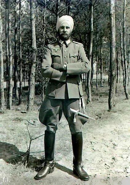 Боец легиона «Свободная Индия» во Франции, 1944 год.
