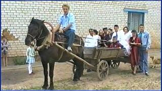 Свадьба из 90-х на КОНЕ в деревне!!! Улётная ДИСКОТЕКА и веселится вся ДЕРЕВНЯ!!! 3 часть