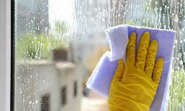 Мою окна раз в год. Делюсь рецептом, который защищает окна от пыли и грязи