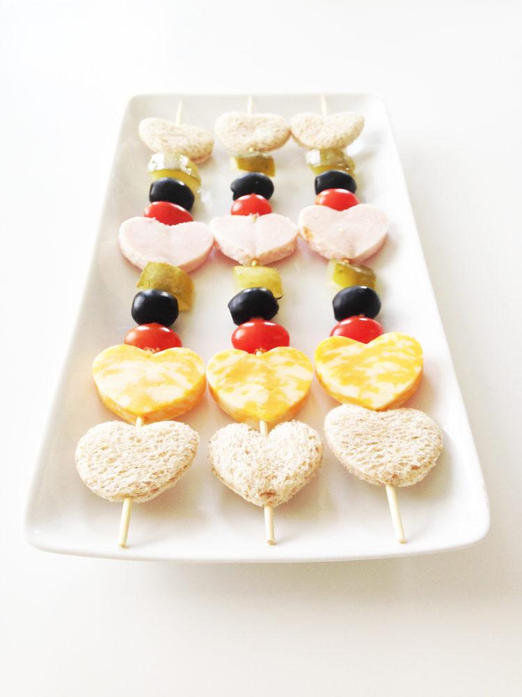 s7oCqRWt9nw - Красивые (и вкусные) идеи для летней свадьбы