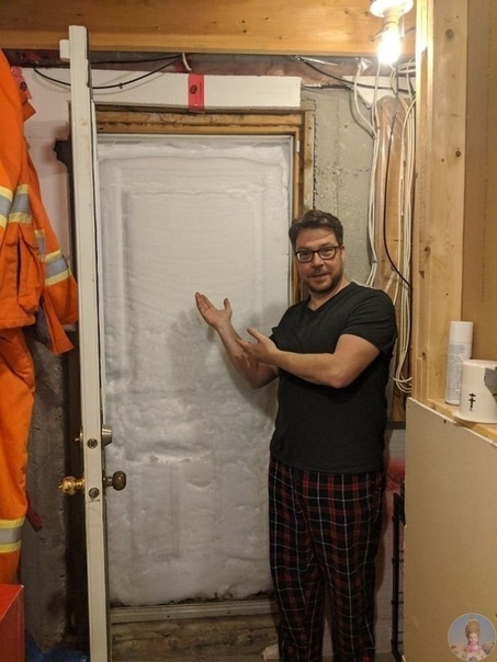 Рекордный снегопад в Канаде: высота снежного покрова достигает 3 метров На севере Канады выпало рекордное количество снега, власти начинают мобилизацию вооруженных сил для оказания помощи
