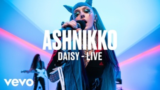 Ashnikko - Daisy (Live)   Vevo DSCVR