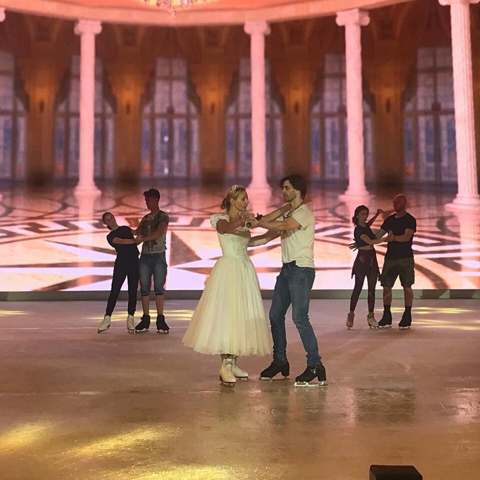 Ледовые шоу-2018-2019 - Страница 9 OmW5r1Ppdug
