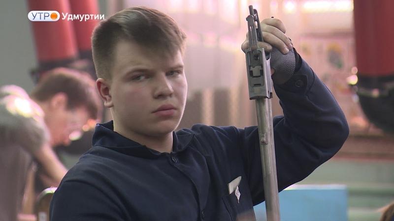 О мастерах гравёрах единственной в России Школы ружейного мастерства им Л Васева в Ижевске