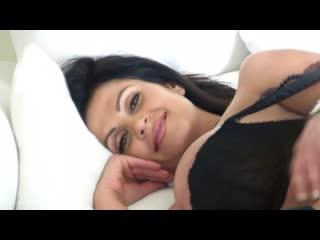 Denise Milani - Honeymoon HD