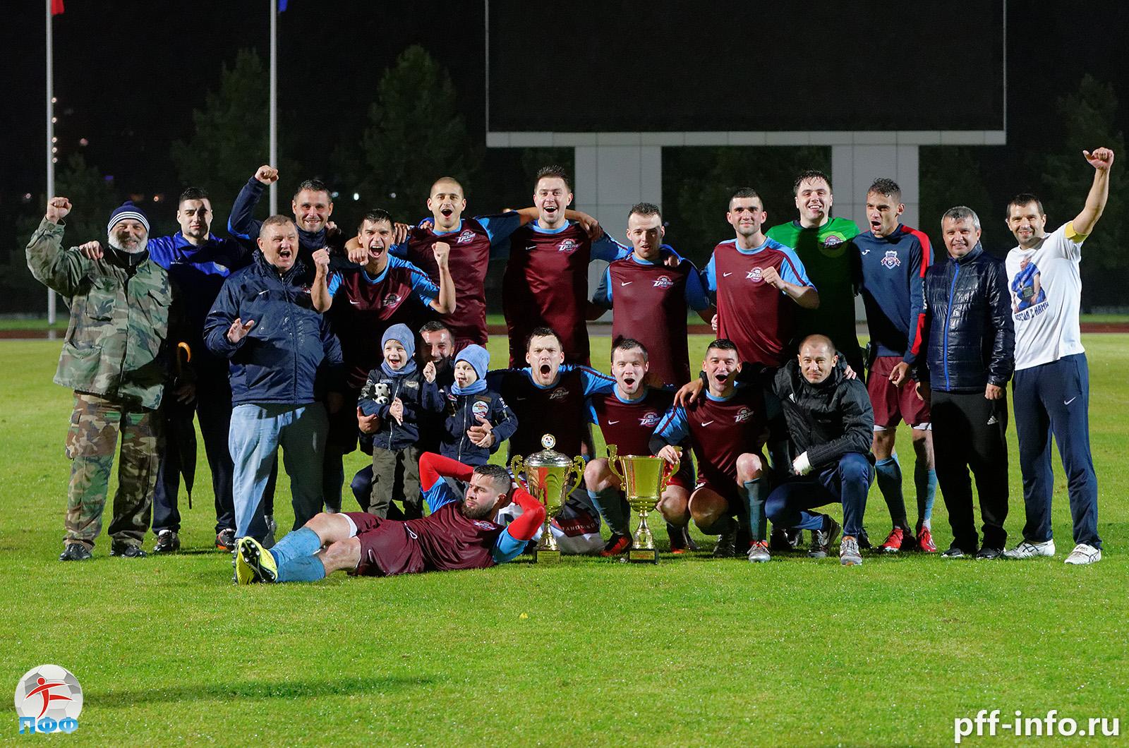«Десна» стала чемпионом Подольска по футболу. Обзор решающих матчей