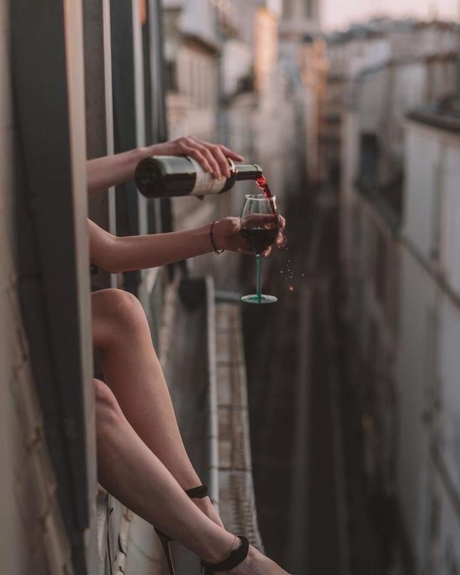 Чем старше становишься , тем больше потребности в тишине , в уединении , в свобо...