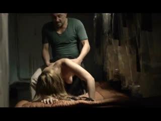 Отец торгует своими дочками (насилуют дочку, отец трахает дочь, инцест в кино, полная пизда спермы, ебут по очереди)
