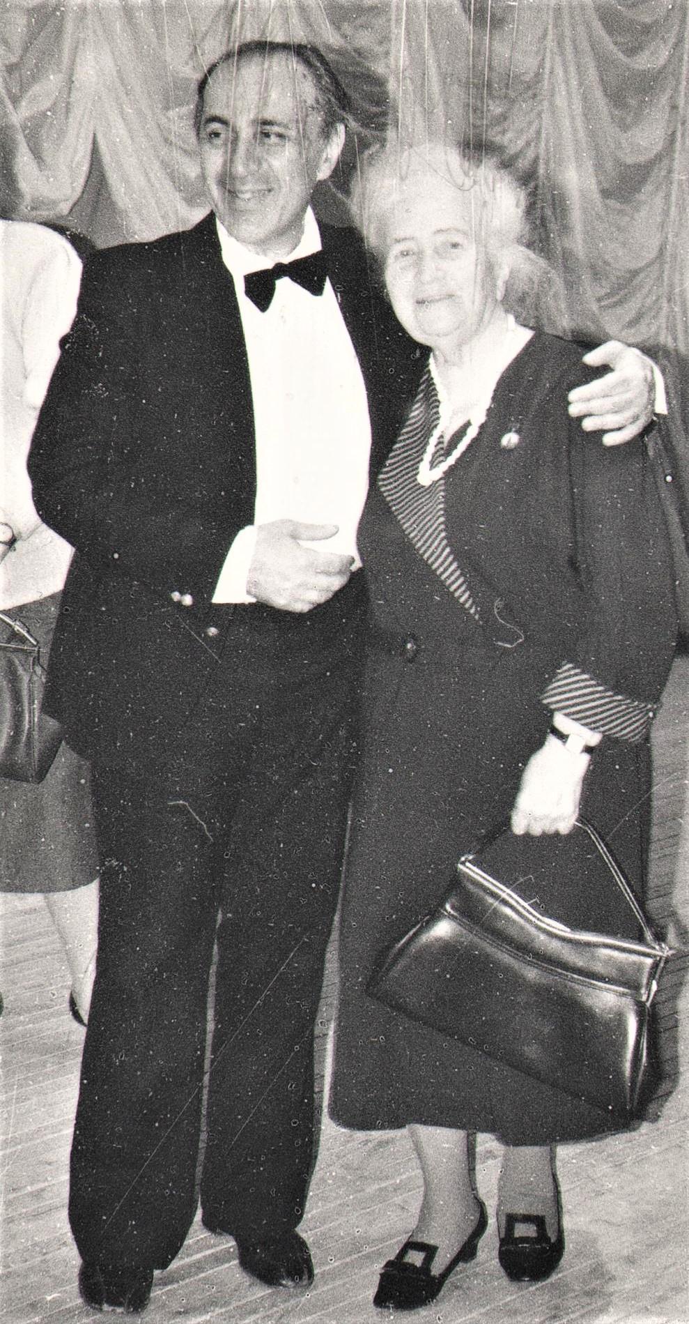 Варгина Т.П. и Штаркман Н. На концерте в честь 90-летия Татьяны Павловны. 1994 г. Фонды ЧИКМ.
