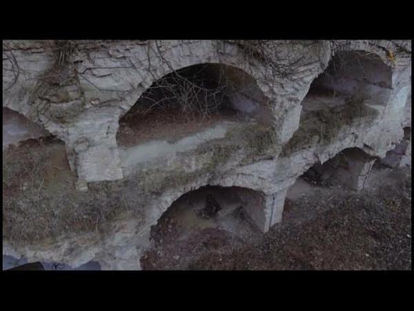 Погребенный город или подземелья