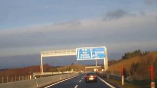 """Fahrt durch ein großes """"Sonnenfenster""""."""