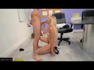 Seth Gamble & Zoe Clark [ With talk &  In the office &  Blondes / With the plot, Cumshot in mouth, Shaved, Skirt]