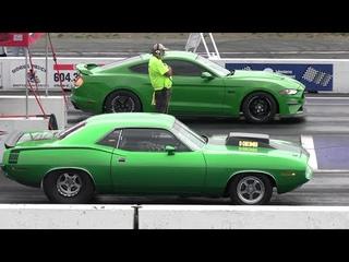 Old vs New School - drag racing