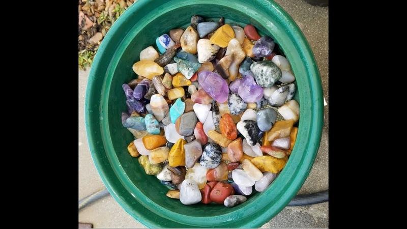 Polishing Gemstones with Thumlers 15 Pound Tumbler