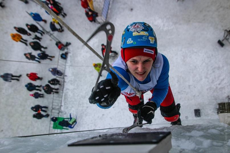 Главные отечественные ледолазные старты сезона финишировали в городе Кирове в минувшие выходные – чемпионат и первенство России по альпинизму. Всем было что доказывать и что терять…, изображение №52