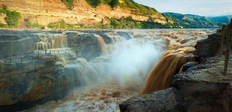 Желтый водопад Хукоу, изображение №3