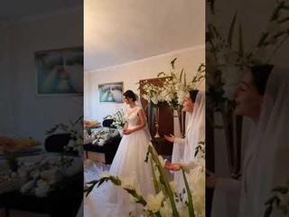 Очень красиво спела дома у невесты на армянской свадьбе.#shots