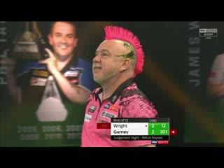 Peter Wright vs Daryl Gurney (PDC Premier League Darts 2020 / Week 9)