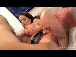 Avy Scott & Ava Addams (Brazzers Live 37 ALL ABOUT AVA)