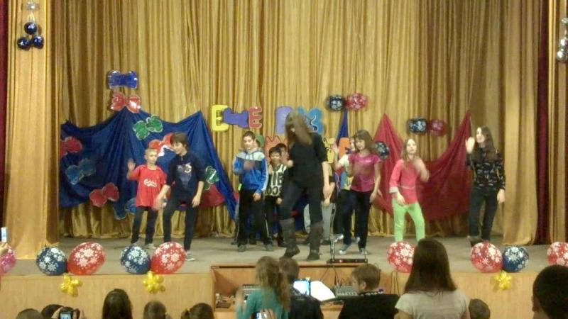Танец 3 отряд Гала концерт