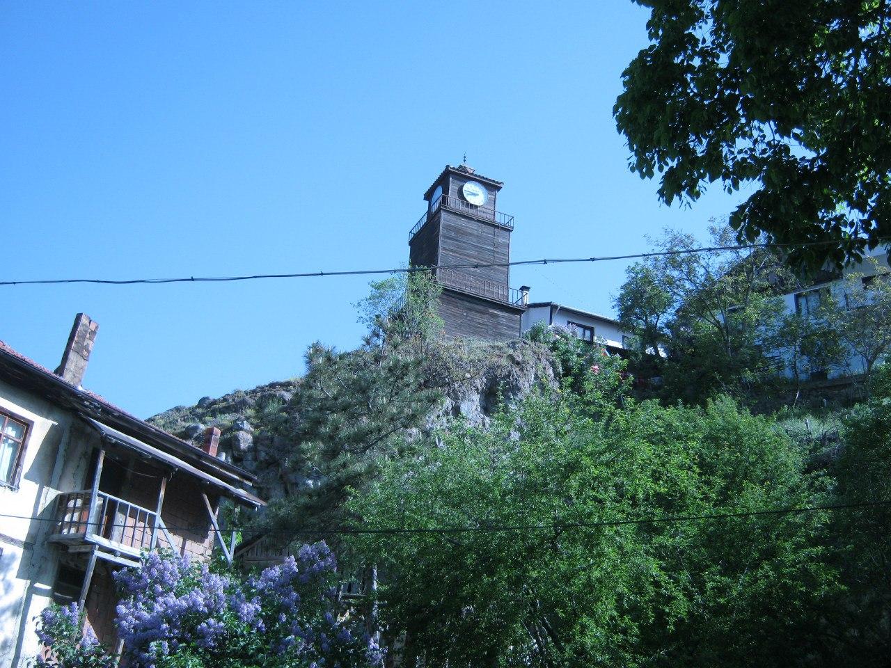 Часовая башня 19 века в Мудурну, Болу