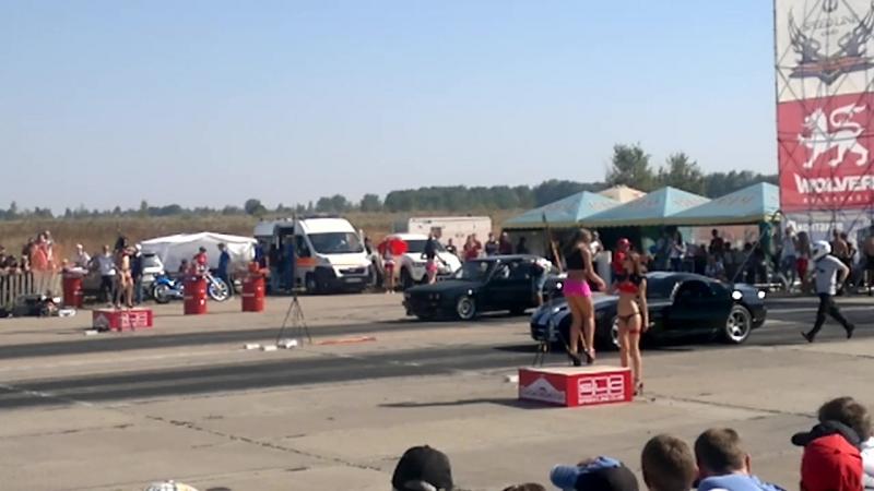 Dodge viper vs BMW