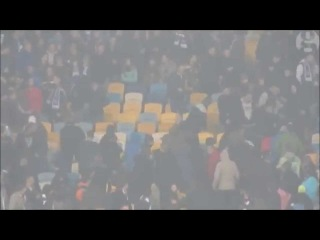 Black fans attacked in the stands during Dynamo Kiev v Chelsea || Disgusting Video