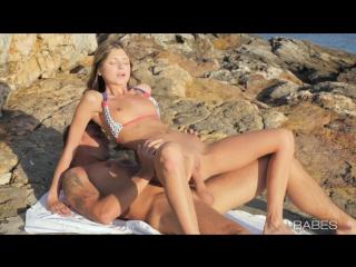 Gina Gerson – Skinny Hottie Have Naughty Fun On The Beach [Free HD porn , порно, anal , миньет, коньчил, hard porn, геи, трансек