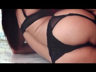 Diamond Foxxx - Sexy pornstar with giant boobs milf mature