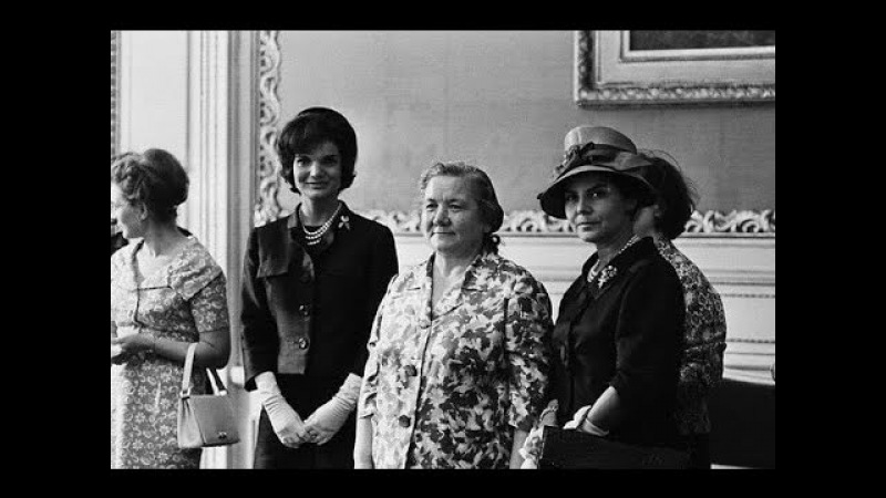 Кремлевские жены От Надежды Крупской до Людмилы Путиной