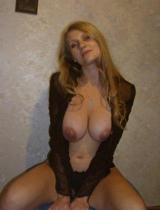 Жена в соцсетях голышом — photo 7