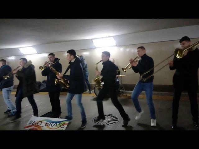 Суперпросто в переходе - Ленинград-попурри