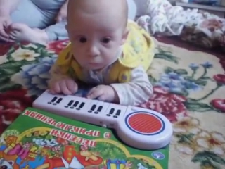 ребёнок гений!!! Просто ШОК!!! СМОТРИ!! 3 месяца!!