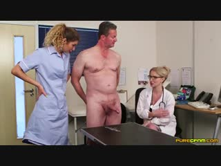 🍓Сочное🍓 Незамужние медсестра и врачиха увлекательно дрочат пациенту