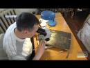 Чернігівській художник-реставратор показав унікальну ікону, яку відновлює близько місяця