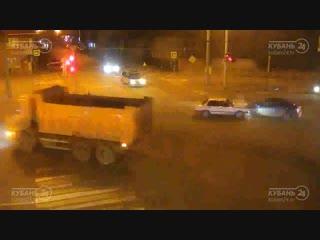 Дтп на ул. красных партизан и ул. 2-я линия.
