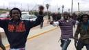 Hundert afrikanische Migranten stürmen EU Grenze bei Melilla 12 5 2019