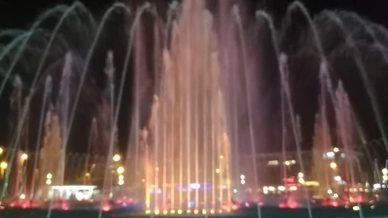 Поющие фонтаны Мармариса Начало представления Музыка на тему Игры престолов