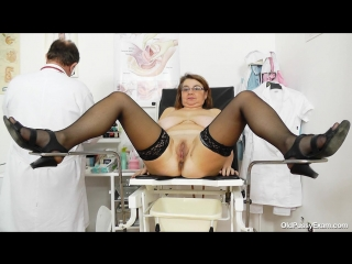 [oldpussyexam] drahuse [medical fetish, gyno exam, stockings, gaping, mature, vaginal enema, pussy closeups, speculum]
