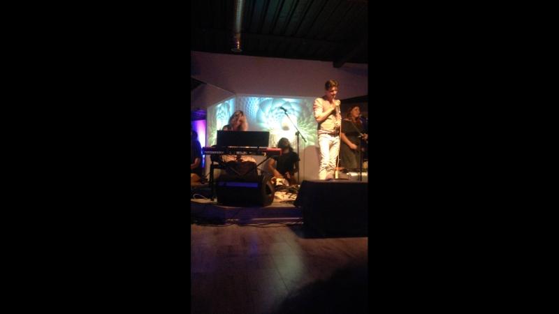 ISOUL CLUB Йога центр В Москве Live