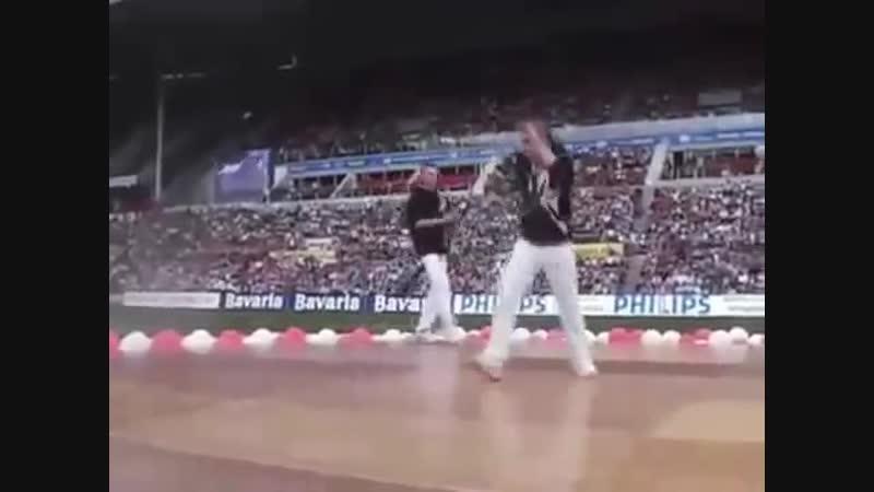 Эволюция райв танца