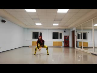 Zumba fitness® zin viki. black choreo zumba llc