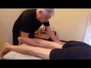 tratamiento de atrosis de rodilla mediante masaje descontraturante y técnica de punto gatillo