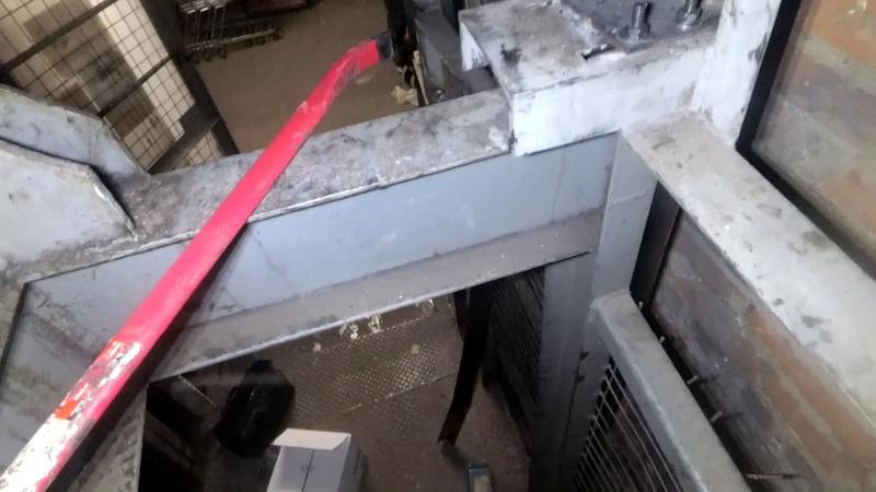 Самое дно лифтовой отрасли это вот такие агрегаты