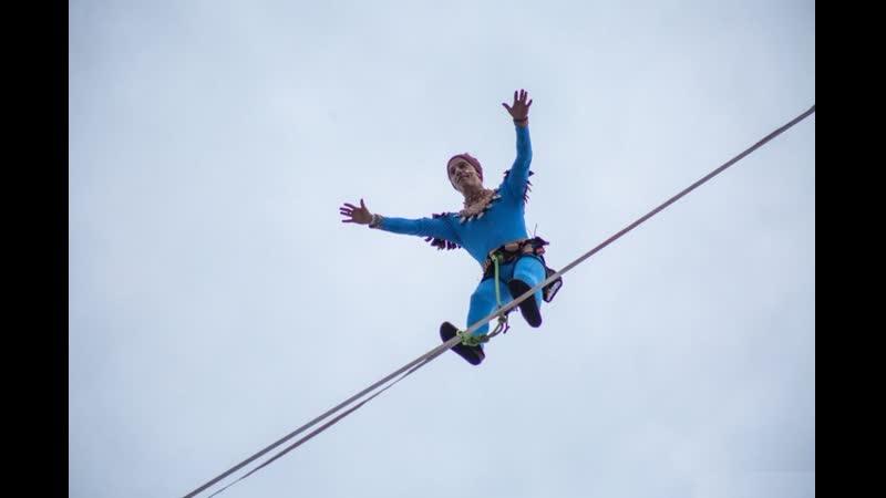 Танец «Макарена» на высоте 40 метров в Перми над эспланадой