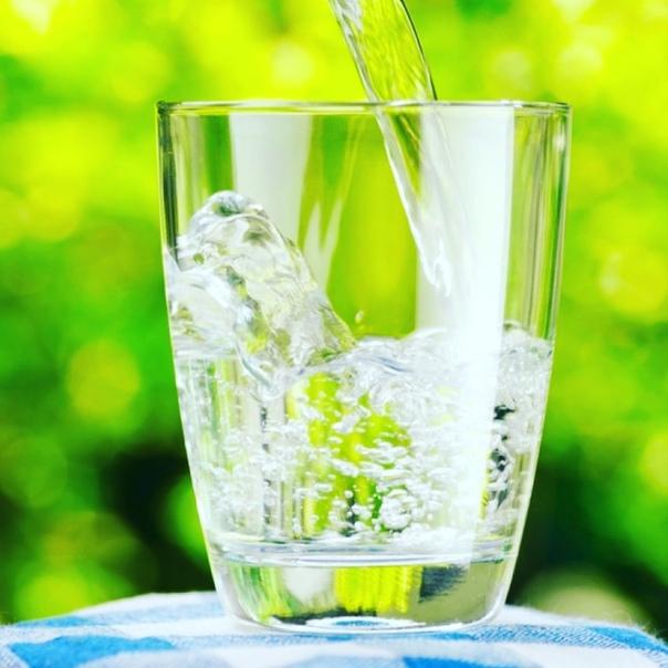 картинка вода переливается из стакана в стакан пожаловать