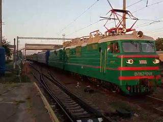 """смена локомотива"" вл80т 1203(тч-7 знаменка ОДжд) на вл82м-048 полтава-киевская"
