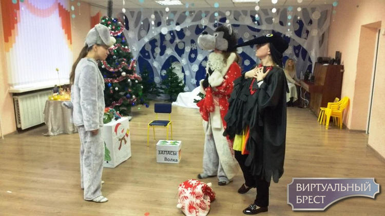 «Рождественские встречи» прошли в  ГУО «Ясли-сад № 10 г. Бреста»