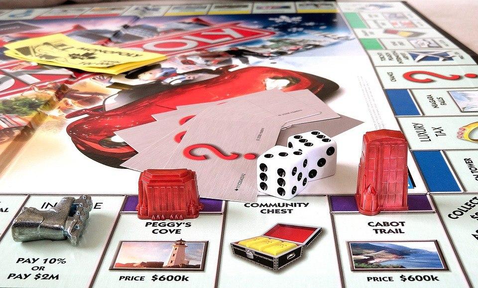 Гости центра «Гармония» на 1-й Вольской поиграют в настольные игры и смастерят поделки из бумаги
