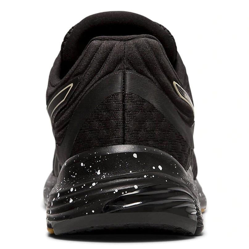 Обзор беговых кроссовок коллекции WINTERIZED, изображение №7
